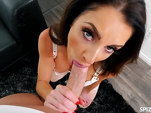 chunky mouth, tight pussy - Silvia Saige