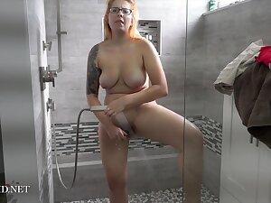 Cosmid - Ivana Nervousness Shower Video