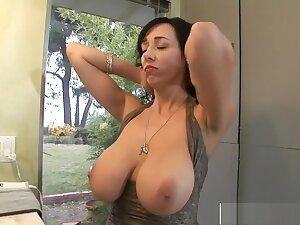 Fogged up Posture Mommy Alia Janine Fucks Unstintingly Teen Bud