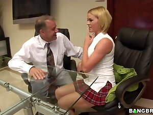 Dirty fuse in hammer away office chapter