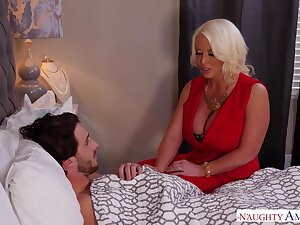 Sex bomb mom Alura Jenson knows how helter-skelter help her feel ill stepson