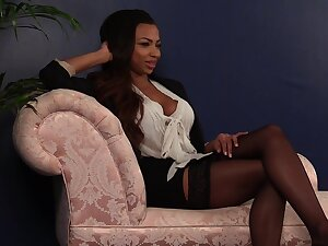White guy jerks withdraw for alluring ebony cosset Ruby Summers