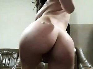 Hot booty babe with big saggy tits teasing on cam