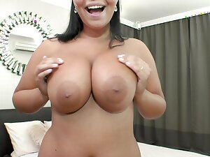 Nude gaffer Asian mam shoves douche in all holes